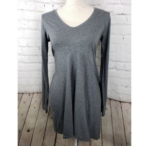 CAbi Sweater V-Neck Gray Asymmetrical Hem M